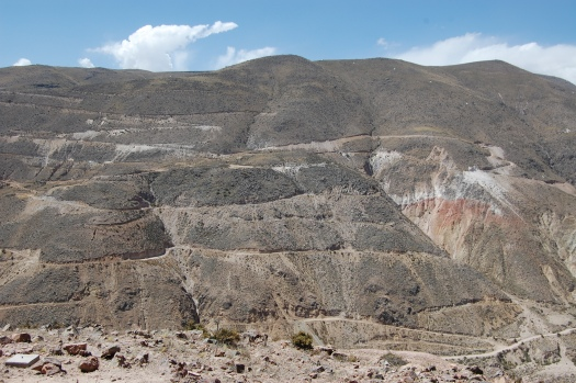 Photo showing the deposit in the mountain side.