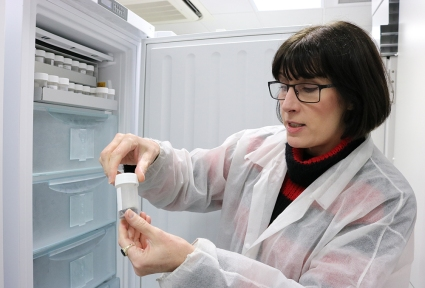 Jacqueline Mackenzie-Dodds, Molecular and Frozen Collections Manager